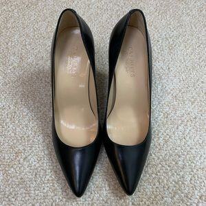 NWT Talbots Dina Black Pumps 7B